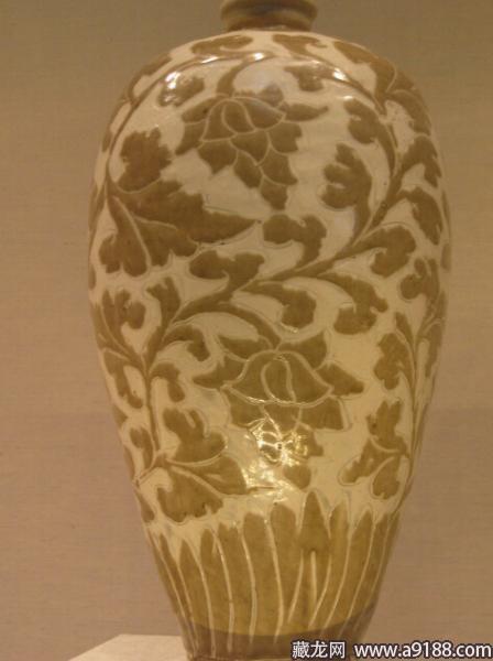 日本东京国立博物馆紫定金花茶盏-宋瓷赏珍 定窑 上