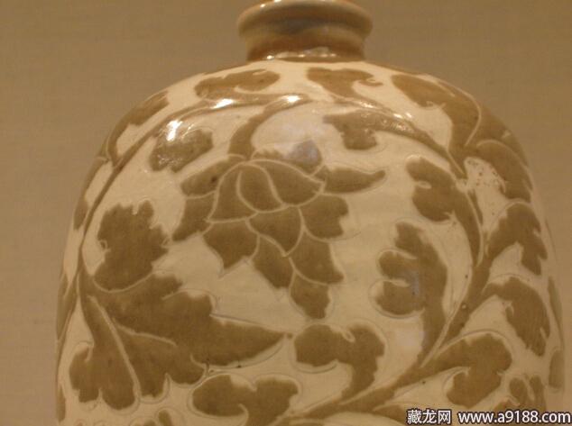 北京故宫剔花枕-宋瓷赏珍 定窑 上
