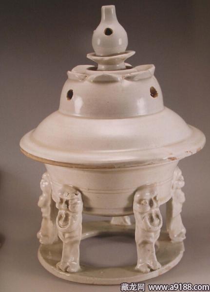 上海博物馆印花龙纹盘-宋瓷赏珍 定窑 上