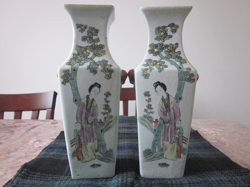 民国山水方瓶1.jpg